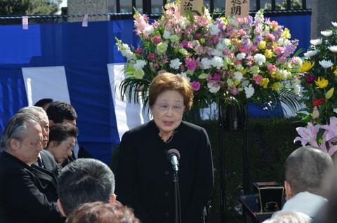 「哀しみの東京大空襲供養式」。一門で伝え続ける戦争の惨禍